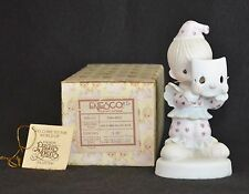 "PRECIOUS MOMENTS ""PUT ON A HAPPY FACE""  PM822-NIB- MEMBER - BOY CLOWN- 1 ST MRK"