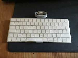 Clavier sans fil Apple Magic Keyboard Azerty Bluetooth rechargeable