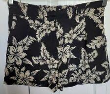 Moncler Women's 100% Silk Black/Beige Pantelone Short Bermuda Shorts Size 40 EUC