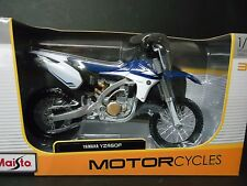 Maisto Yamaha YZ450F Dirt Bike Blue 1/12
