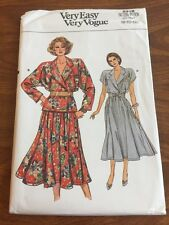 Very Easy Vogue Sewing Pattern 9339 Top And Skirt UNCUT 8-10-12