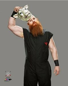 "WWE Erick Rowan 2015 Posed Studio Photo (Size: 8"" x 10"")"