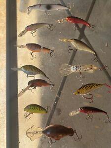 (12) Various VINTAGE & MODERN CRANKBAIT FISHING LURES LOT