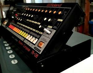 Roland TR-08 (mini 808) Drum Machine Rhythm Composer