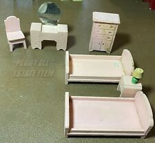 "STROMBECKER WOODEN DOLL HOUSE BEDROOM FURNITURE 3/4"" SCALE BEDS, VANITY, DRESSER"