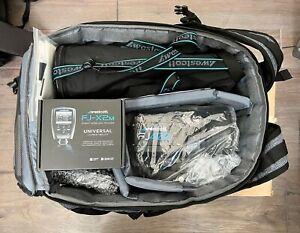 Westcott FJ400 400Ws Strobe with AC/DC Battery 1-Light Backpack Kit Open Box