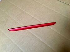 baguette lateral intérieur des portes cote DROIT RENAULT CLIO 4 RS couleur:ROUGE