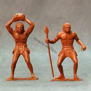 Ark Models AK 80012 Cavemen. Set №3 /2 figures/ (150-mm)