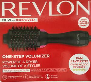Revlon One Step Hair Dryer and Volumizer Brush - NEW