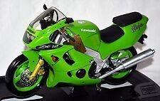 Kawasaki ZX-12R Ninja 2000-05 grün green 1:10