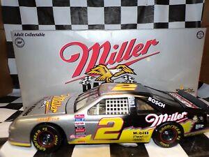 Rusty Wallace #2 Miller Genuine Draft 1996 Silver Splash Thunderbird 1:24 Action