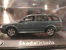 Skoda Octavia Kombi  1:43 Abrex OVP (041)