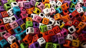 Lot 50 - 200 Perle Lettre Alphabet Mixte Cube 7mm Attache tetine, Porte clé