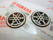 2 x Yamaha Gel Tank SILVER & BLACK Sticker Decal YZF R1 R6 Fazer 30mm GENUINE