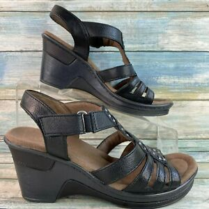 Natural Soul Riddick Womens Black Sandal Faux Leather Uppers Adjustable Size 6.5