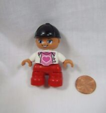 LEGO DUPLO Blonde TODDLER GIRL DAUGHTER Pink Heart Black Riding Helmet FIGURE