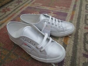 Matte silver Superga trainers, sneakers. Size 5 38. New!