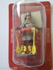 Fireman with lifebelt, Berlin, Germany 1900 Plomo lead 1:32 Del Prado BOM033