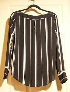 Ann Taylor Black White Vertical Stripe Blouse Top size S polyester