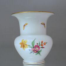 KPM Berlin: große Fidibus Vase 19 cm, Schinkel, Goldrand, Blumenmalerei Insekten