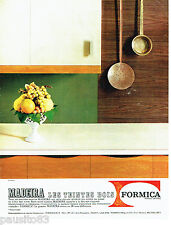 PUBLICITE ADVERTISING 066  1964  Formica les meubles cuisine Madeira teinte bois