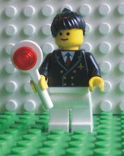 Neue Lego Minifigur Pilotin mit Kelle  (9247-9)  700