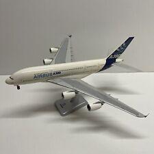 Maquette AIRBUS A380-800 Aux Couleurs AIRBUS INDUSTRIES 1/200 Hogan Wings