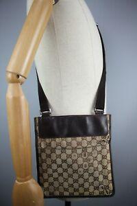 Auth Gucci Mens Brown/Biege Crossbody Bag size Medium