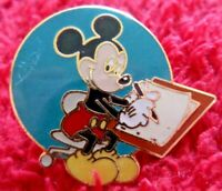 Disney Miny Mouse Badge Vintage Rare Collectable item.