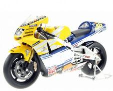 IXO Honda NSR500 NASTRO AZZURRO #46 Valentino Rossi (2001 WORLD CHAMP)1/12 Scale