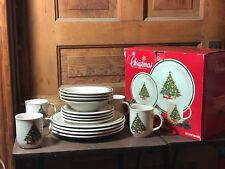 Mt. Clemens Pottery 16 Piece Christmas Tree Dinnerware Set With Original Box B