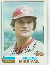 FREE SHIPPING-MINT-1982 (REDS) Topps #194 Mike Vail (FACSIMILE AUTOGRAPH)