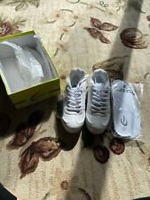 Chasse Cheer Sneakers Size 4 1/2 Brand New