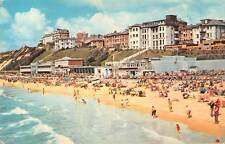 uk7665 sands and promenade west cliff bournemouth uk