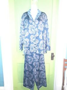 Cabernet sleepwear XXL Teal Paisley Silky Comfortable Nice