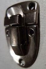Paire de fermoir  ancien acier pour coffre , malle ou valise