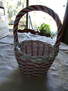 Basket - Red & White with handle