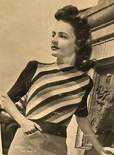1940s Striped Crew Neck Crop Jumper Patons Knitting Pattern PDF Half Sleeve