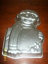WILTON Sesame Street ERNIE with PRESENT Birthday Cake DECORATING PAN,TIN,MOLD