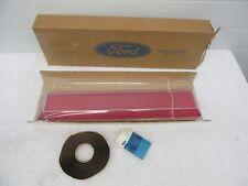 NOS 1980-1984 Lincoln Left Side Rear Reflector Lens with Seal E0VY-13A566-A  dp1