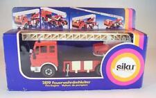Siku 2819 Mercedes Benz Feuerwehr Leiterwagen in OVP #936
