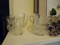 Set of 4 ANCHOR HOCKING Vintage Clear Glass Punch Cups w GRAPE & LEAF Design