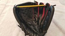 """Louisville Slugger Gn14-Sr, 11"""" Rh thrower, Gently Used. Blk leather/red mesh"""