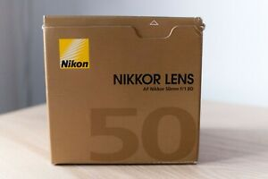 Nikon Nikkor AF 50 mm f/1.8 D Prime Lens for Nikon - Black