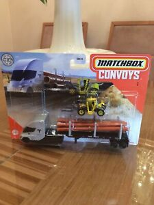 Matchbox 2020 Convoy Tesla Semi Pipe with Trailer and Load Lifter NEW ON CARD