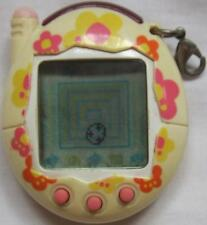 Bandai Tamagotchi Game Flower Yellow & White 2004