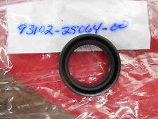 NOS Yamaha Oil Seal 1974 DT250 DT360 MX250 MX360 75-84 XS650 93102-25064-00