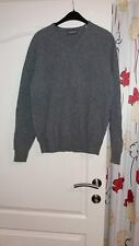 pull    taille 48    CHARLES