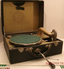 Union Wind Up Phonograph Record Player w/ Records Works Great Portable Antique