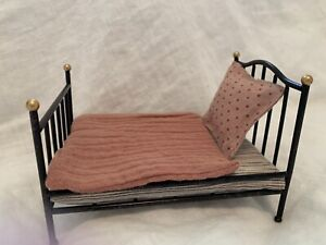 Micro Vintage Metal Bed Black Anthracite Mattress Pillow Bed Rare Retired